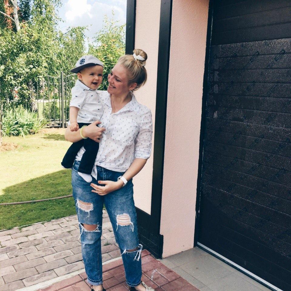 Алёна Чекен с сыном Максом
