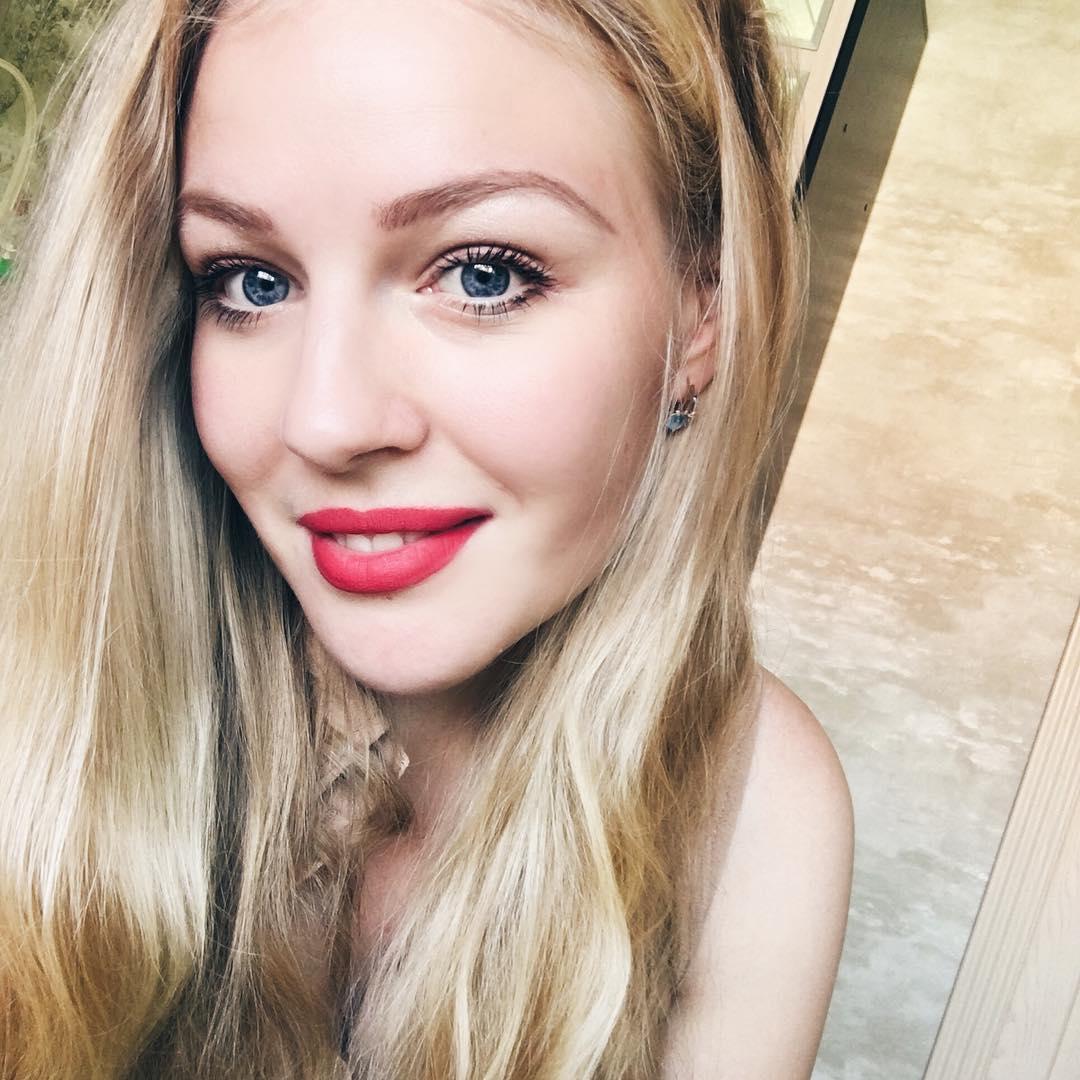 Алёна Чекен - Блогер, мама Макса (7 мес)