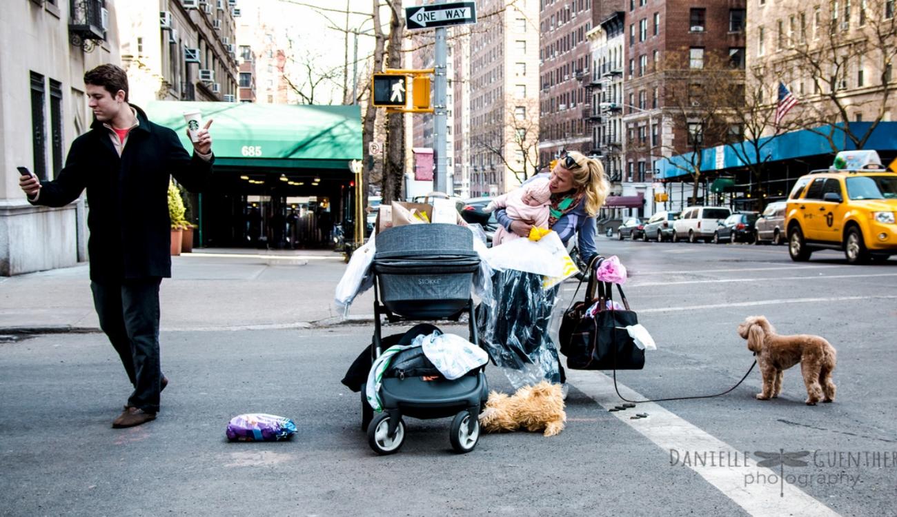 Фотограф создала серию снимков о родительстве