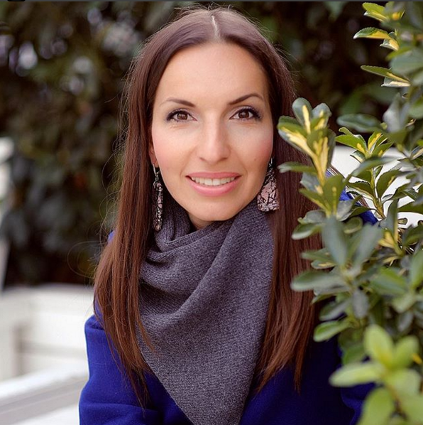 Ольга Быстрова - Стоматолог, кандидат медицинских наук, дважды мама