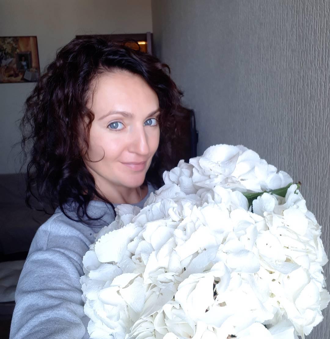 Юлия Штрак - Мама троих детей, свадебный организатор